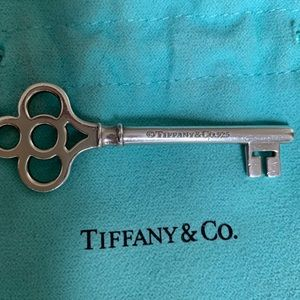 T&Co large key pendant in sterling silver, 24""